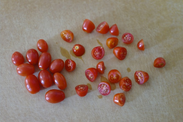 cut grape tomatoes
