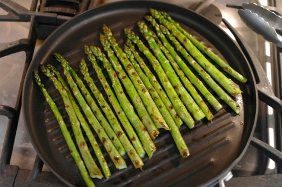 grilling asparagus_2