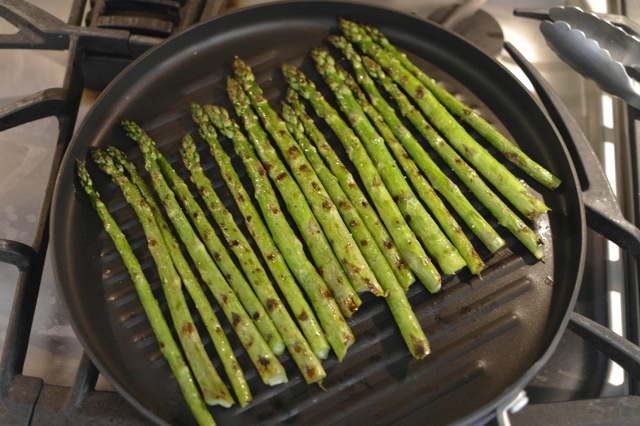 grilling asparagus_2