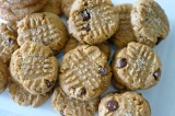 Salted Chocolate-Pretzel Peanut Butter Cookies